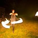 Leo Powell : Fire Poi